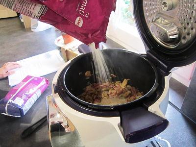 Rajout du riz dans le cookeo
